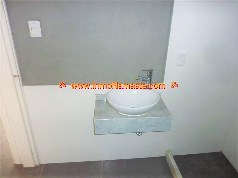 VENTA - Amplio Apartamento de 2 Dormitorios en Pleno Centro en Colonia del Sacramento  | Inmobiliaria Namasté | Colonia, Uruguay