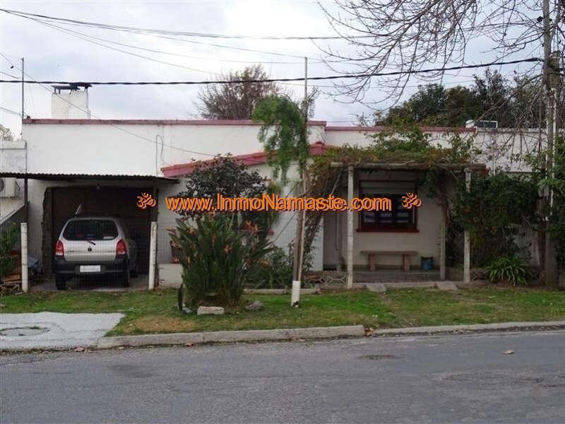 VENTA - Dos Casas en un Mismo Padrón, Ambas con Frente a la Calle en Colonia del Sacramento  | Inmobiliaria Namasté | Colonia, Uruguay