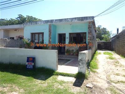 Oportunidad, 3 Casas en un solo padrón en Los Nogales