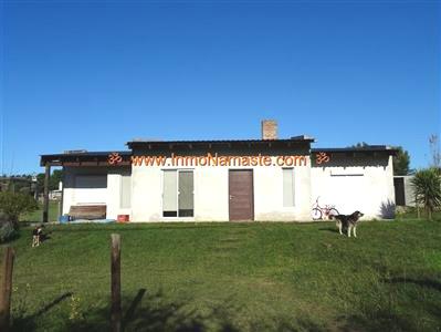 Hermosa Casa en Zona de Atanasio Sierra