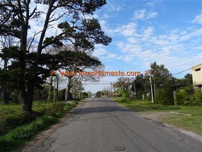 Muy Lindo Terreno Cerca de UDE en Real de San Carlos